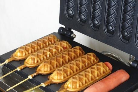electric-muffin-waffle-making-machine-waffle-maker-stick-hotdog-waffle-maker